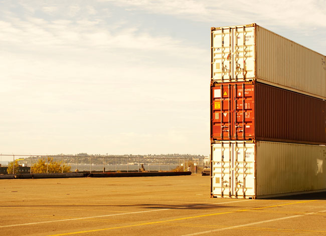 Shipping-containers-dock